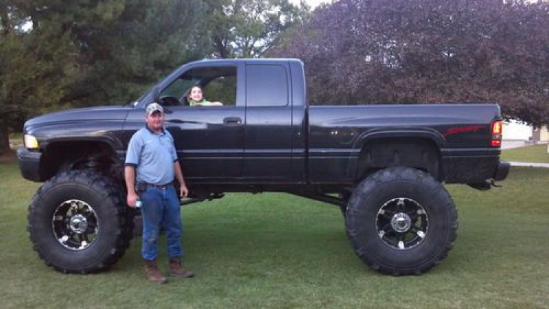 1998 Dodge Ram 2500 4x4 With V10 (488 Cubic Inch Engine) on 2040-cars