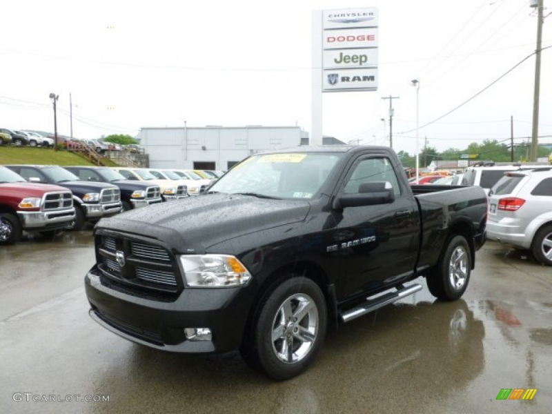 2011 Ram 1500 Express Regular Cab 4x4 - Brilliant Black Crystal Pearl ...