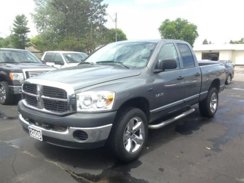 2008 Dodge RAM 1500 SXT 4x4 Truck in North Bay, Ontario