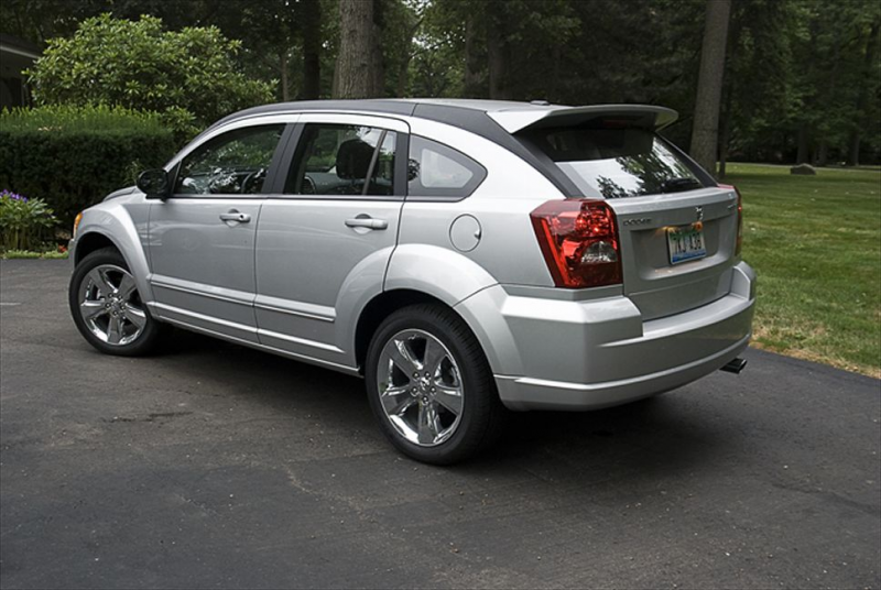 2010 Dodge Caliber Rush Rear Three Quarters Photo 2