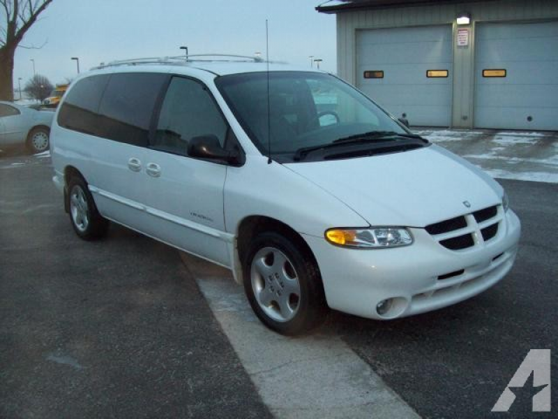 1999 Dodge Grand Caravan ES for sale in Huntington, Indiana