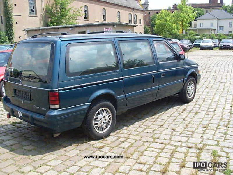 1995 Dodge Grand Caravan EURO 2 Van / Minibus Used vehicle photo 3