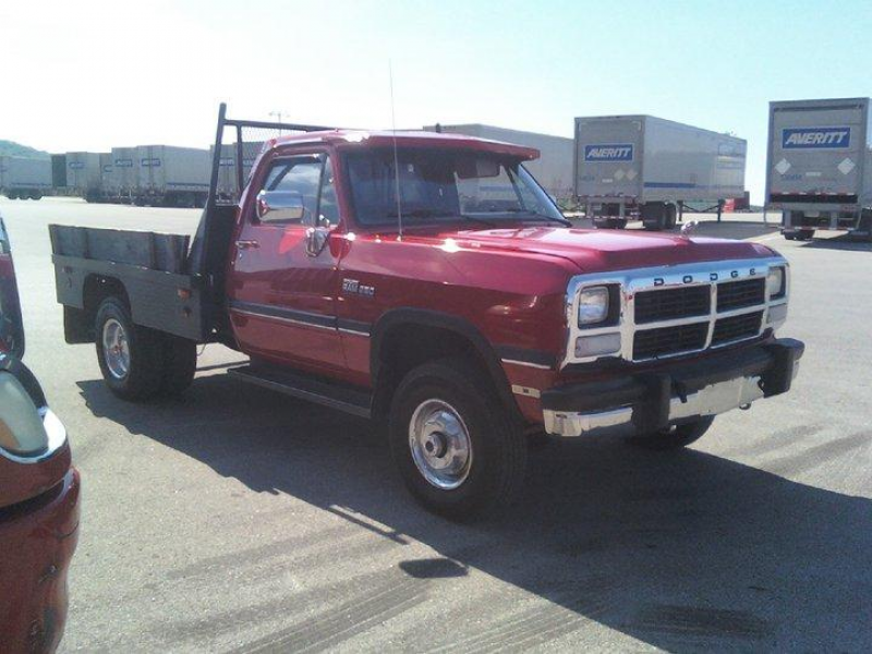 Another ajs_500 1993 Dodge D250 Regular Cab & Chassis post...