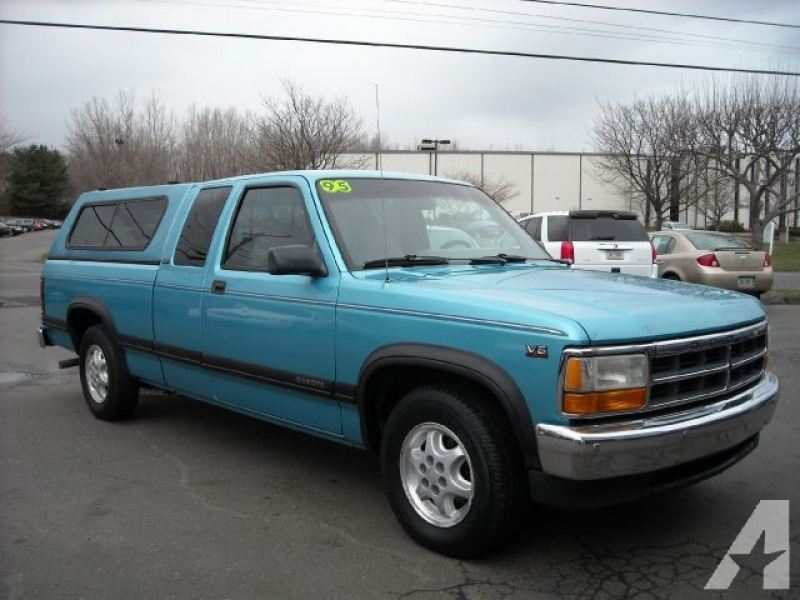 1995 Dodge Dakota Club Cab for sale in Newington, Connecticut