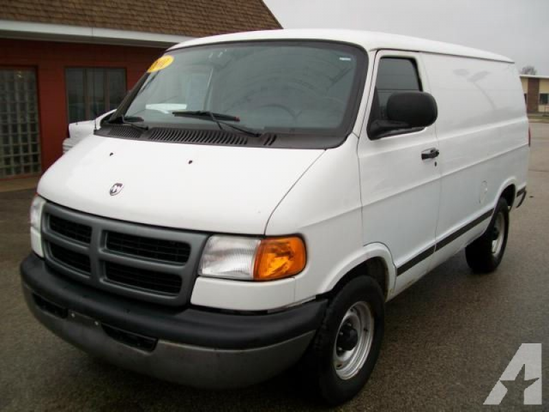 2001 Dodge Ram Van for sale in McHenry, Illinois
