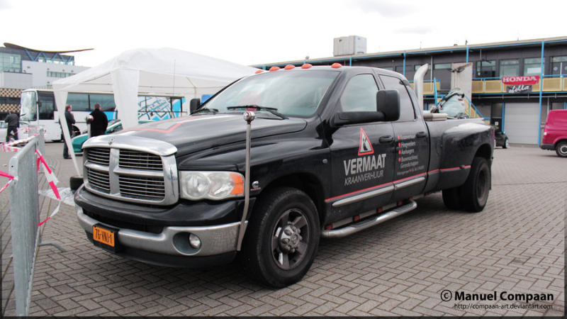 Learn more about 2003 Dodge Ram 3500.