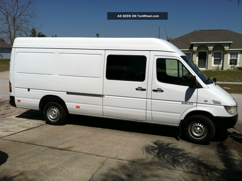 2004 Dodge Sprinter Freightliner 2500 High 6 ' Ceiling & Longest Wheel ...
