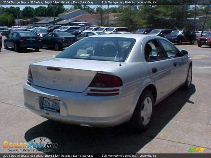 2004 Dodge Stratus SE Sedan Bright Silver Metallic / Dark Slate Gray ...