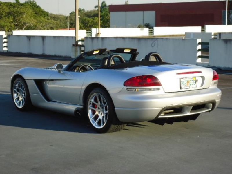 2005 Dodge Viper For Sale - Image 3