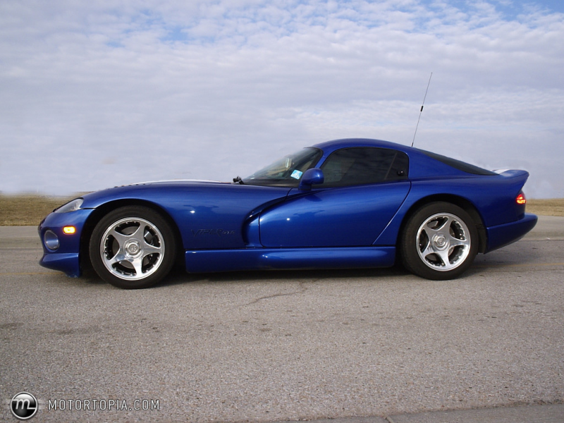 Photo of a 1997 Dodge Viper GTS (Left Side Viper)