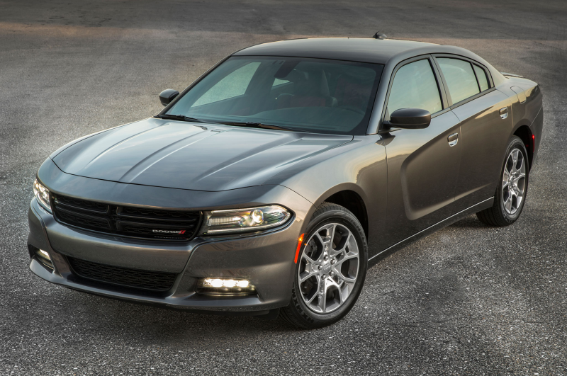 2015 Dodge Charger Sxt Awd Front Three Quarter View