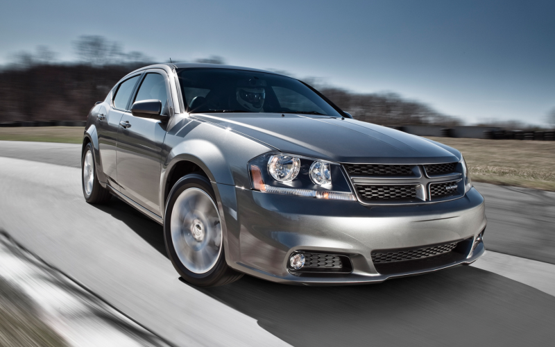 2013 Dodge Avenger Front Three Quarter Motion