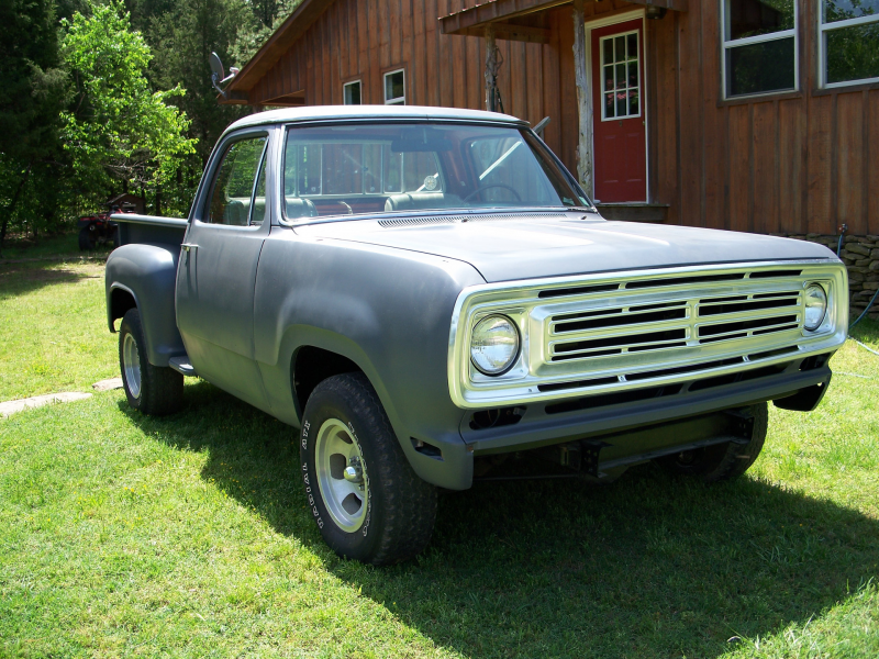 raymarmc's 1973 Dodge D150 Club Cab