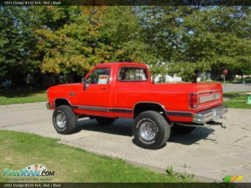 1991 Dodge W150 4x4, Red / Black