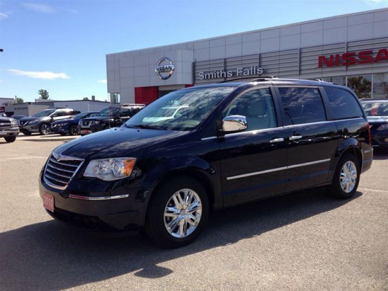 2010 Chrysler Town and Country Limited - Smiths Falls, Ontario Used ...