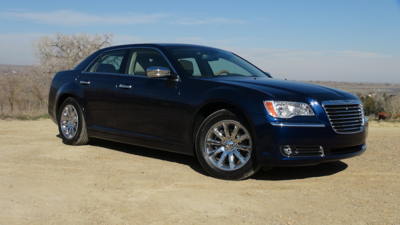 Video: 2014 Chrysler 300C – American Review for Europeans