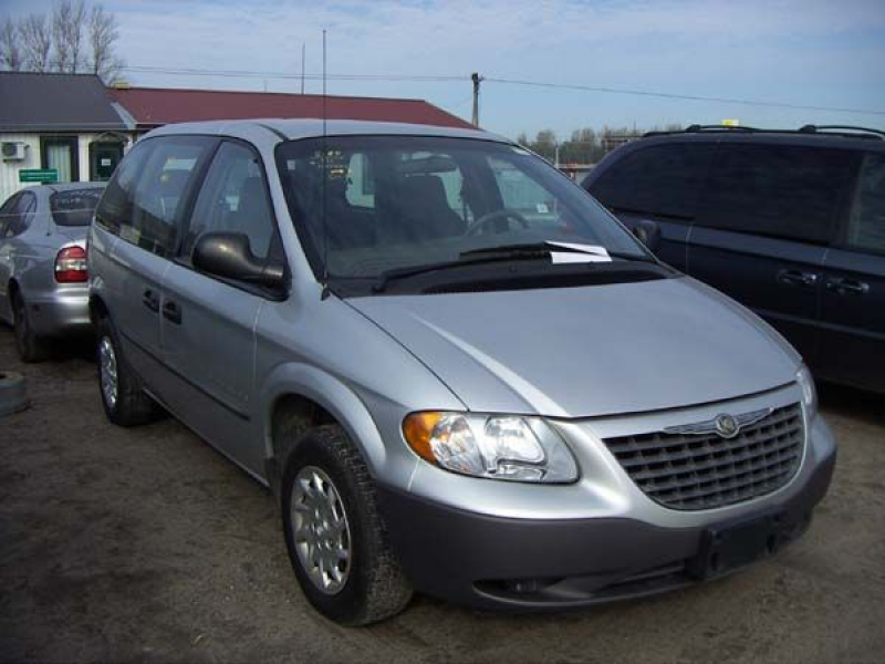 2001 Chrysler Voyager For Sale
