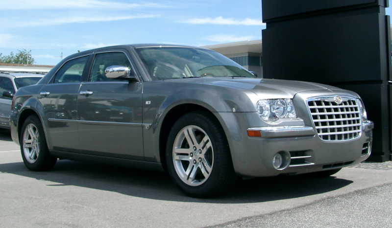 Description Chrysler 300C front 20070520.jpg
