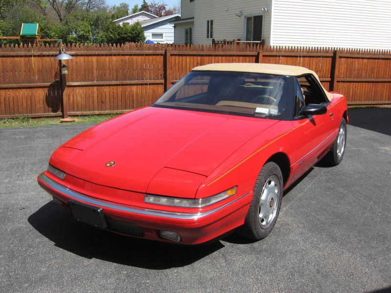 1991 Buick Reatta Convertible - Image 1 of 25