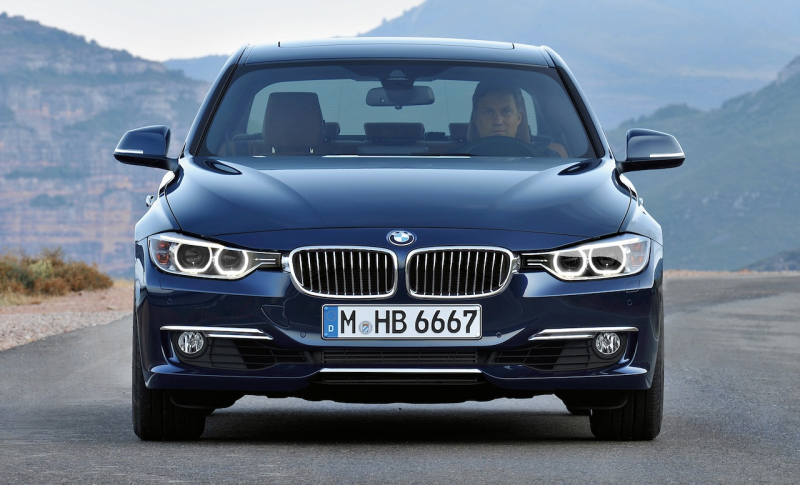 2012 BMW 3 Series Luxury Line Front View