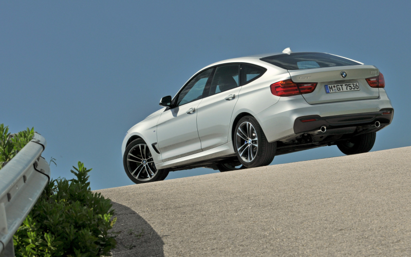 2014 Bmw 335I Gran Turismo Rear Three Quarter 2