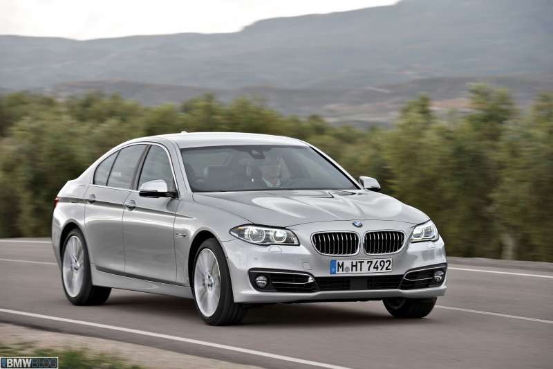 2013 bmw 5 series facelift 34 655x436 World Premiere: BMW 5 Series ...