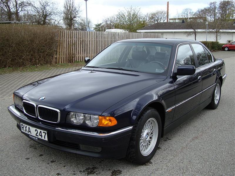 BMW 735 Mycket fint bil Sedan 2000 43.000 SEK