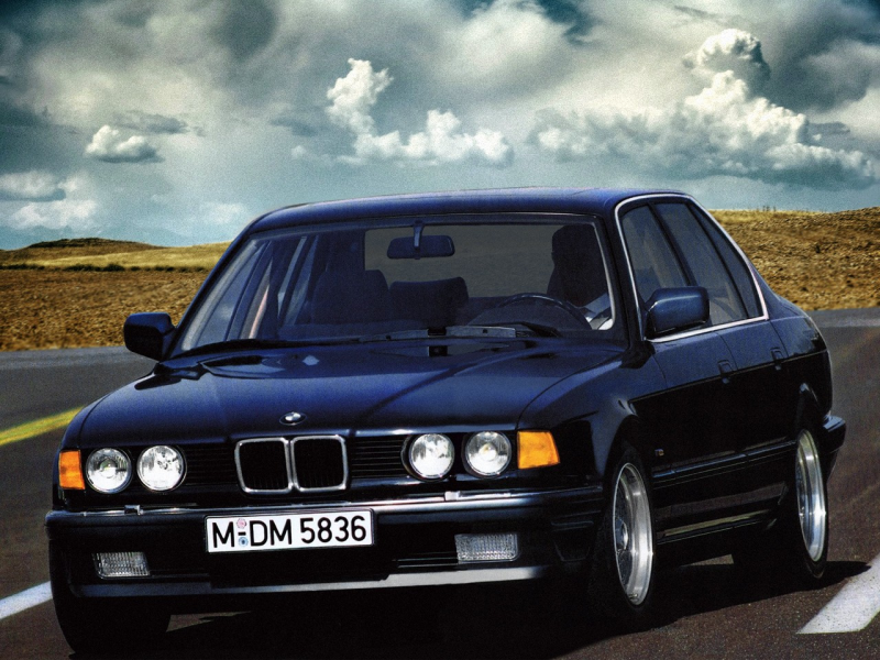BMW 735i E32 Wallpapers