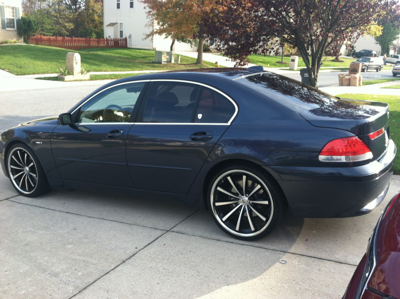 2004 BMW 7 Series 745i picture, exterior