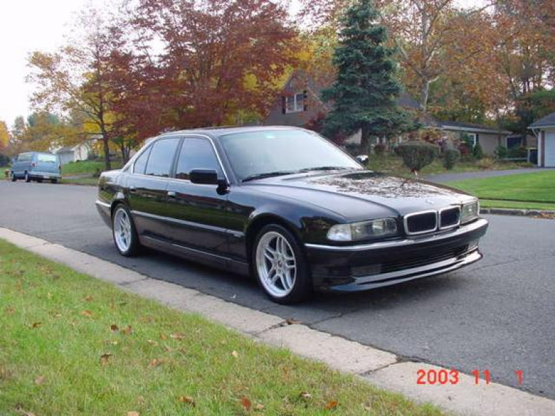 RADSE38's 1998 BMW 7 Series