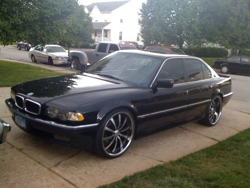 1bad740i's 2001 BMW 7 Series