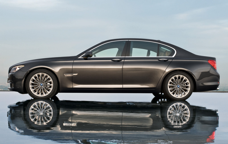 2011 BMW 7-Series - Photo Gallery