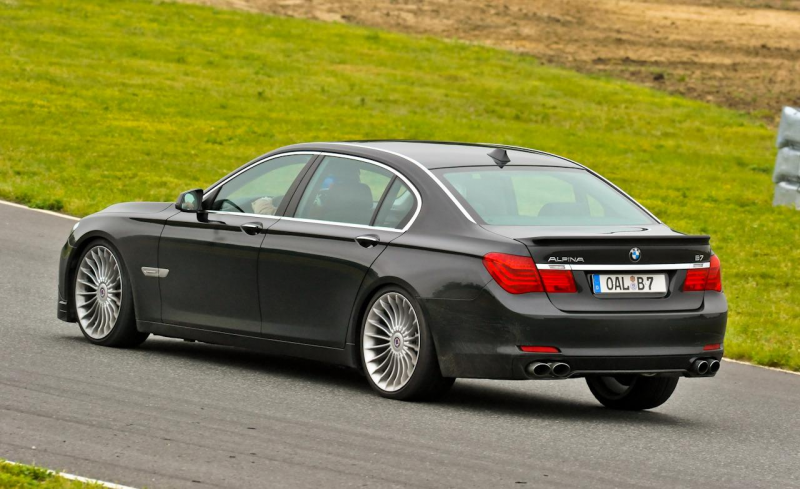 2011 BMW Alpina B7 (European spec)