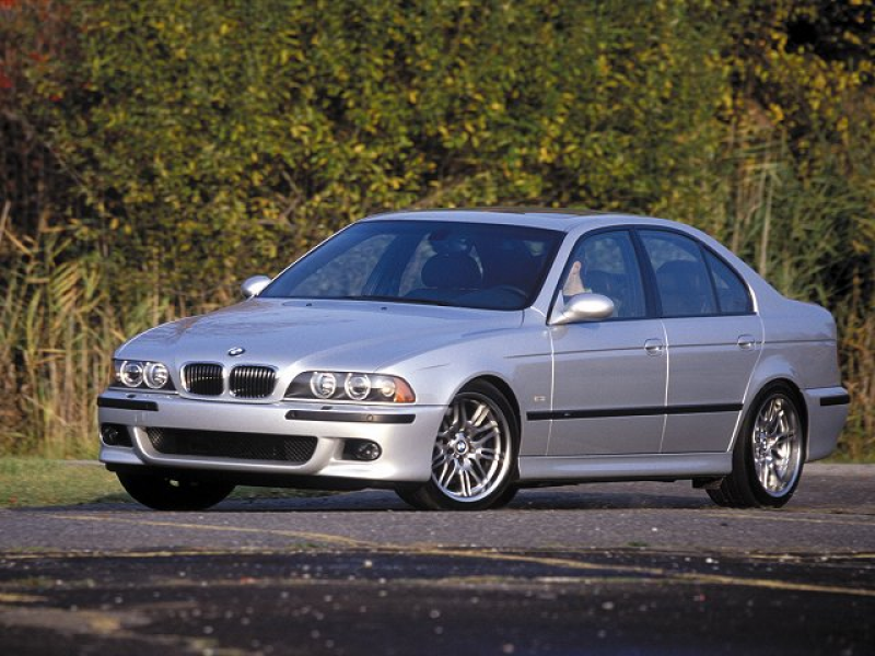 2000 BMW M5 car specifications