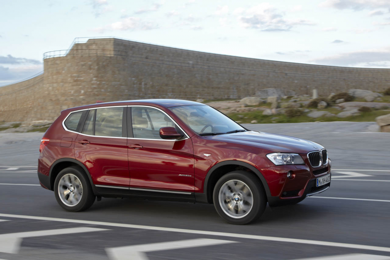 The all-new 2011 BMW X3 has been officially revealed showcasing a new ...