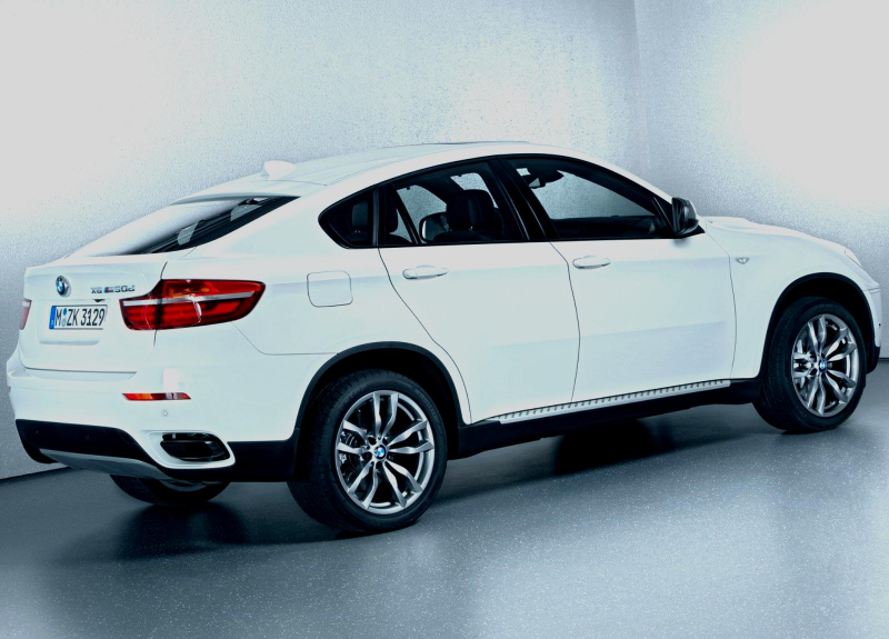 2013 BMW X6 M50d Wallpapers