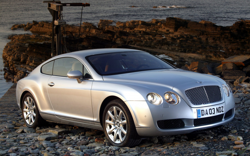 2005 Bentley Continental Gt Front Three Quarter View