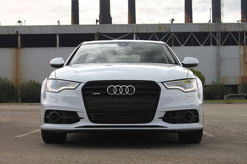 2014 Audi A6 Tdi Front Grille Headlights On