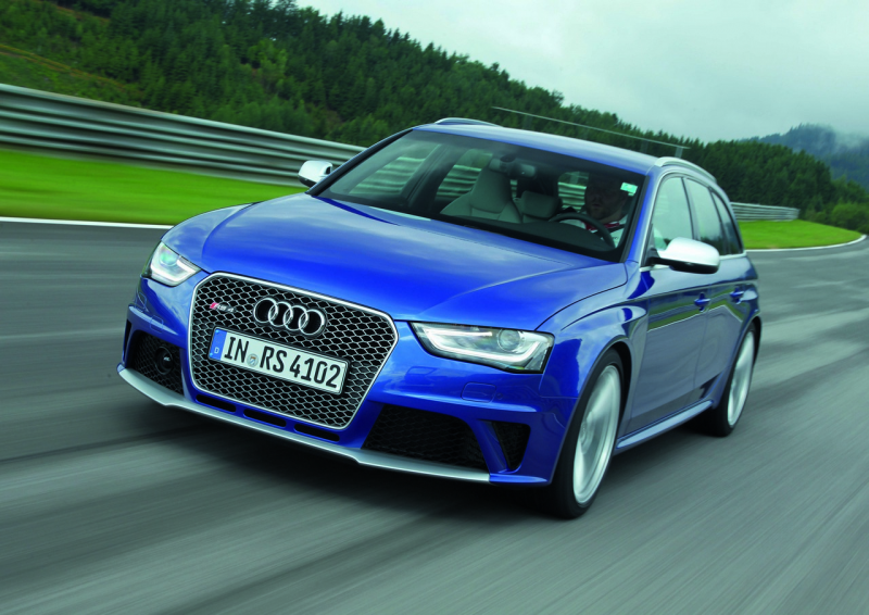 Audi has released some new photos of the great RS4 avant. Blue is our ...