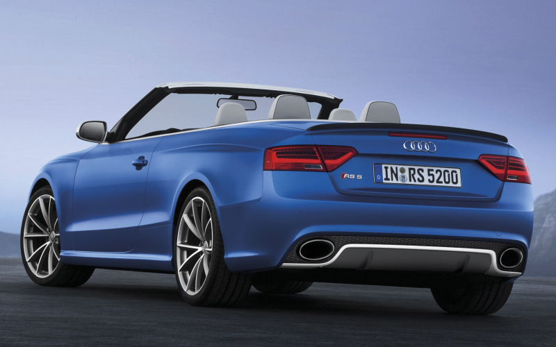 2013 Audi RS 5 Cabriolet Photo Gallery