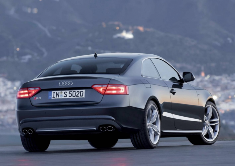 Audi S5: First Look
