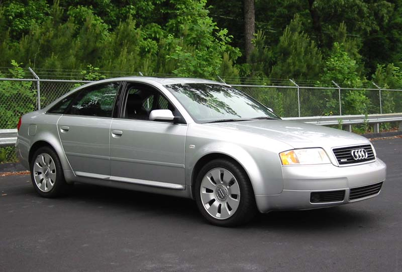 2000 Audi A6 4.2 Quattro with NavigationSystem.