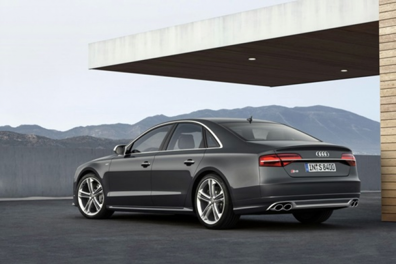 2016 Audi S8 High Performance Executive Sports Car