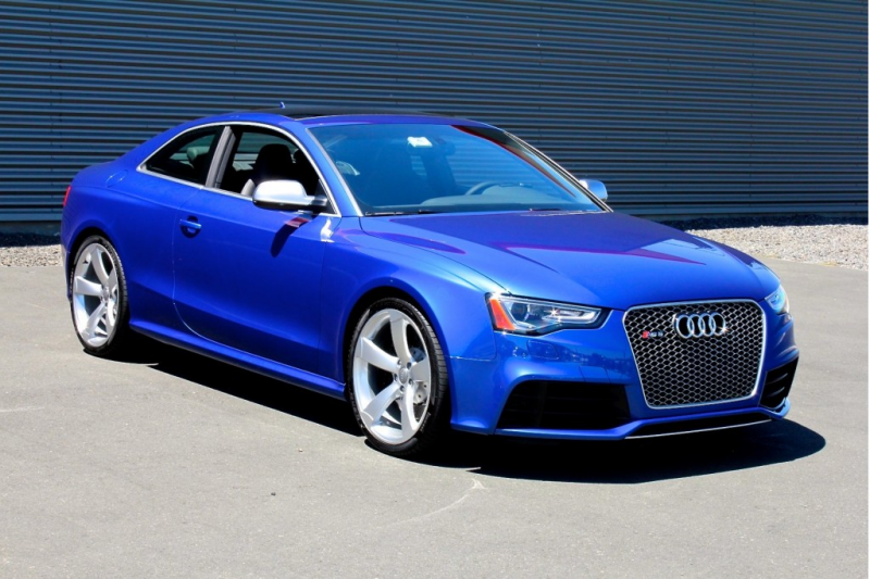 2015 Audi RS5 front view