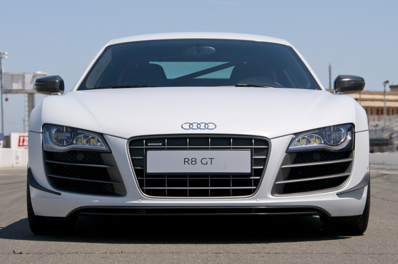 The Fast, Powerful and Lightweight 2012 Audi R8 GT