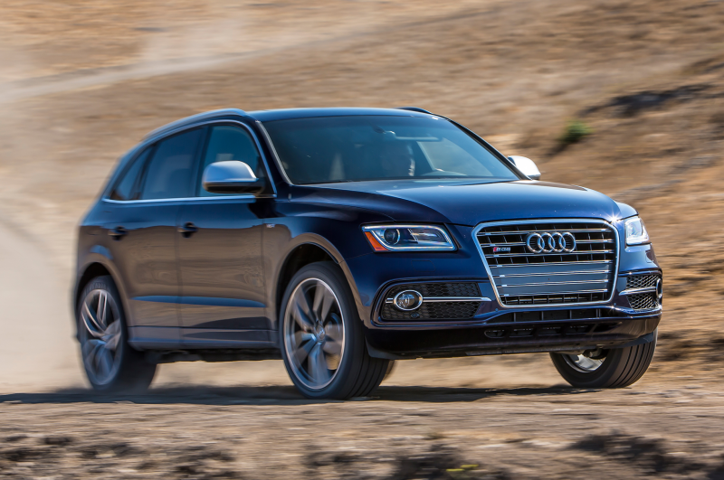 2014 Audi Sq5 Three Quarters In Motion Front View