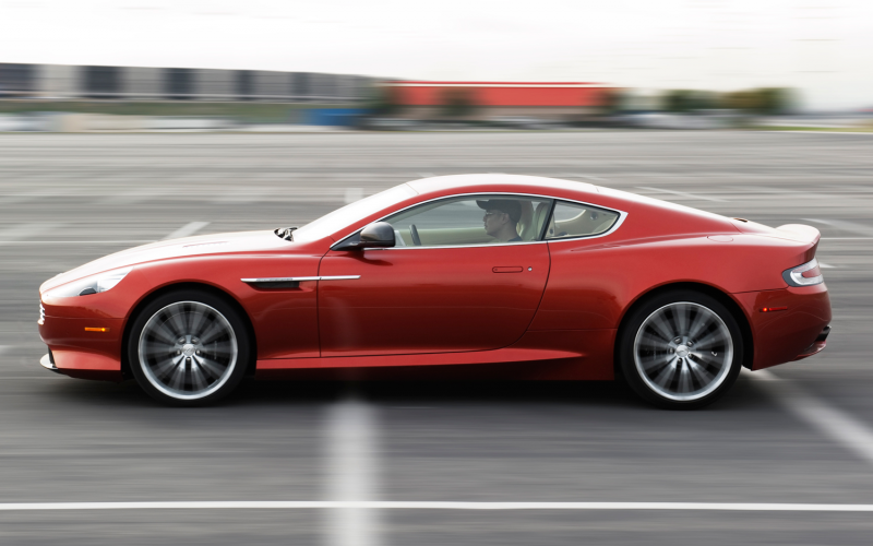 2013 Aston Martin Db9 Side In Motion