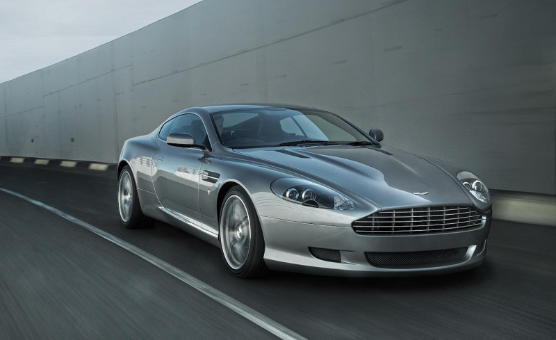 2010 Aston Martin DB9 coupe