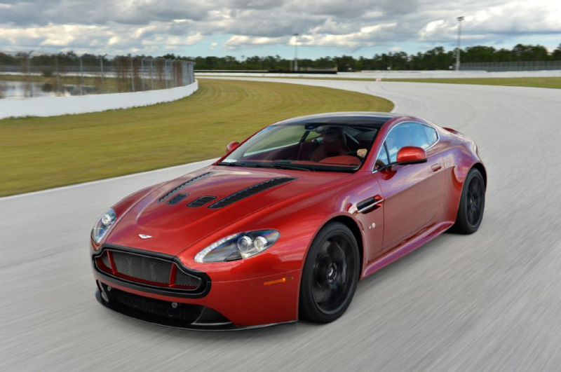 2015 Aston Martin V12 Vantage S Front Three Quarters Dynamic Red Track