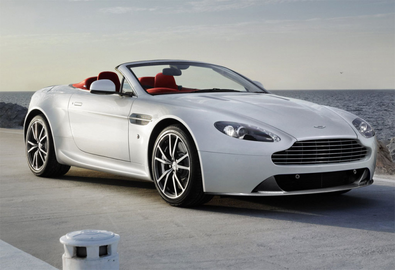 Aston Martin V8 Vantage 2013 Photos - Image 8